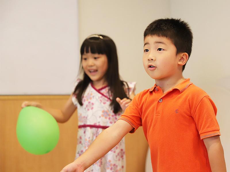 キッズクラス – 2〜6歳児